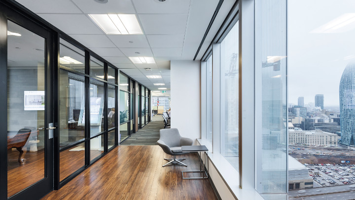 Philips Lighting Connected Lighting (InterAct Office) kann Ihnen helfen, ein intelligentes Büro zu schaffen.